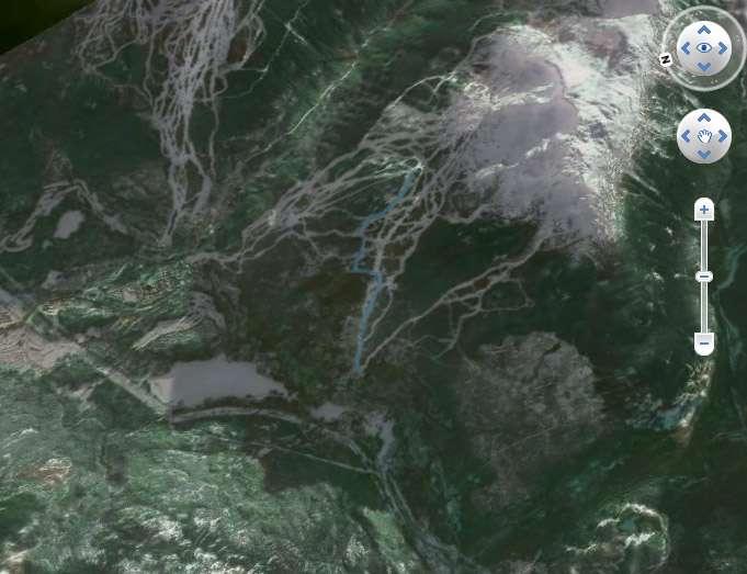 Sélectionnez, visualisez le tracé d'une épreuve des Jeux Olympiques de Vancouver et skiez sur les images satellites des pistes les pistes de la station de Whistler où ont lieu les épreuves de ski alpin. © Spot Image