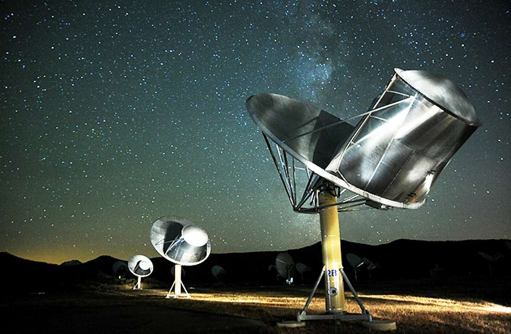 L'Allen Telescope Array en plein travail. © Seti Institute