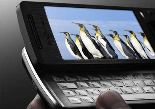 Avec son vrai clavier, le XPeria X1 est plutôt destiné à l'utilisation d'Internet. © Sony-Ericsson