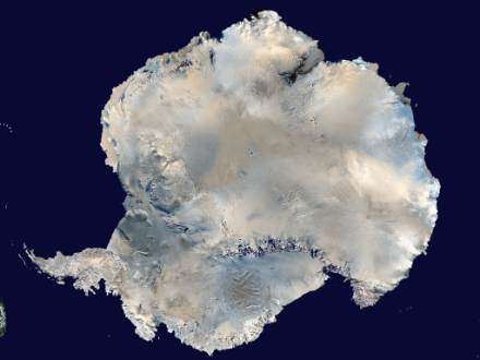 L'Antarctique vu par World Wind(Crédits : NASA)