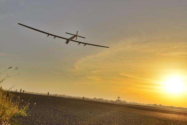 Le SI2 en vol. C'est cet appareil qui effectue actuellement la tentative de tour du monde. © Solar Impulse