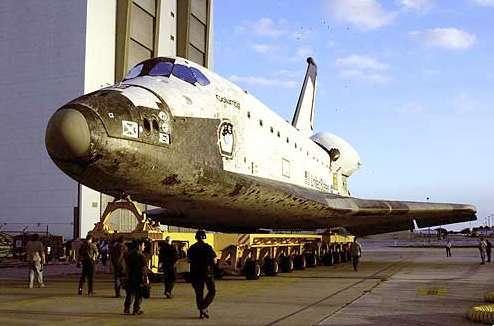 La navette spatiale Columbia à Cap Canaveral. Crédit Nasa.