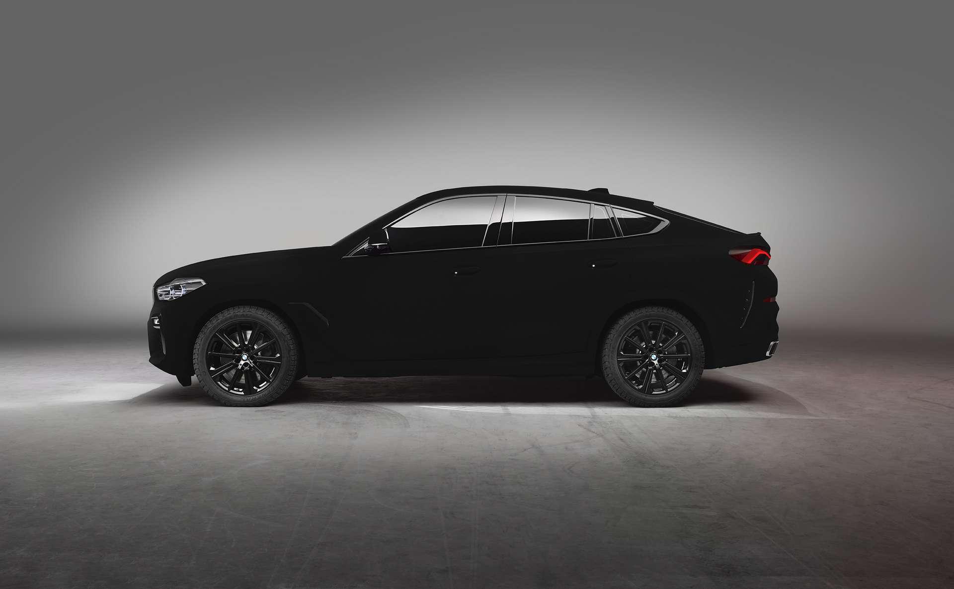 Le Vantablack absorbe 99,9 % de la lumière visible. © BMW