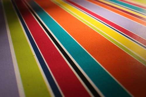 Exemple de plusieurs rayures réalisées à la peinture. © Sunny Ripert, Flickr, CC BY-SA 2.0