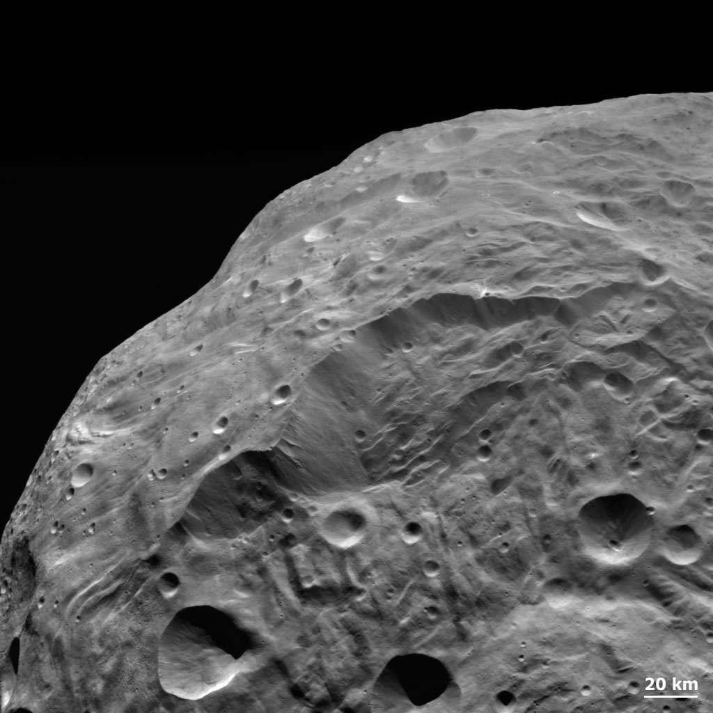 Cette image de Vesta a une résolution d'environ 260 mètres par pixel. © Nasa/JPL-Caltech/Ucla/MPS/DLR/ IDA