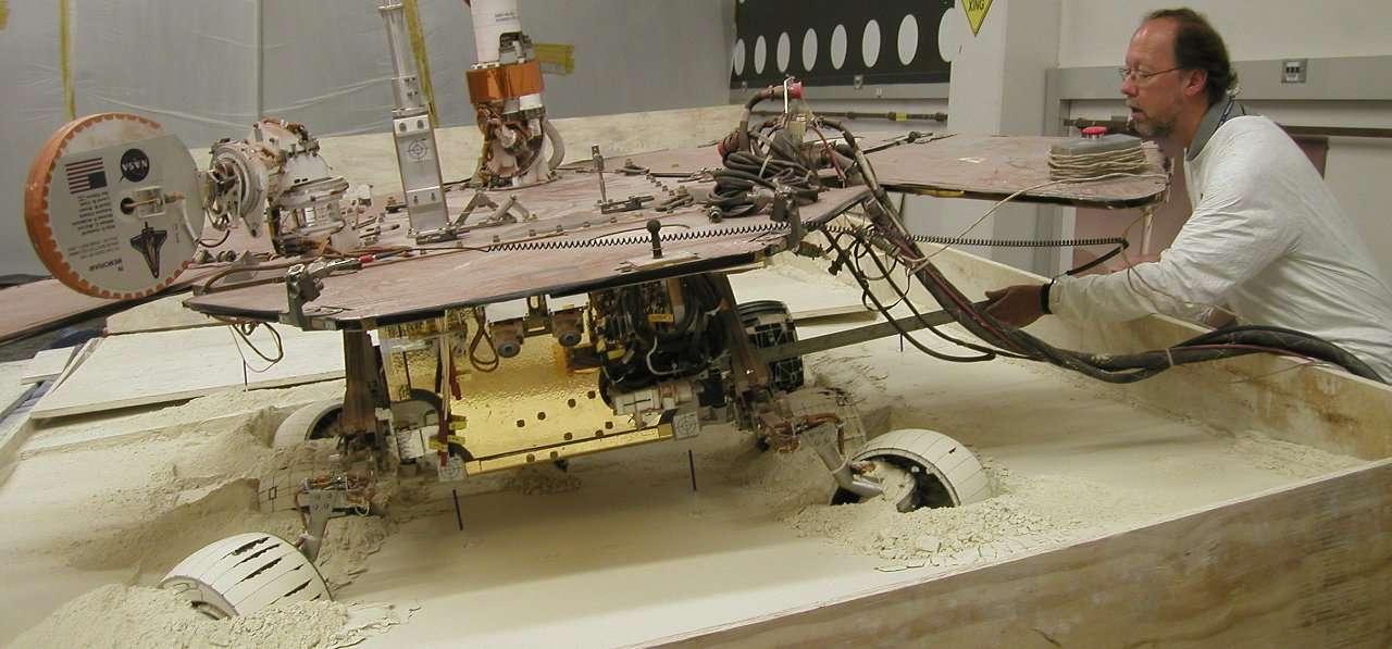 Les robots du programme MER (Mars Exploration Rover) utilisaient des panneaux multi-jonction. © Nasa