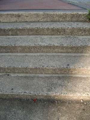 Escalier en béton. © silicone03