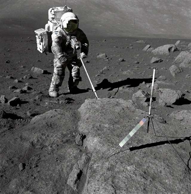 Une photo du géologue Harrison Schmidt par Eugene Cernan (1972). Crédit : Nasa