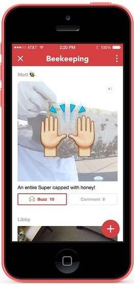 Avec sa nouvelle application Rooms, Facebook veut faire revivre le concept des forums de discussion. Disponible sur iOS, le service permet de créer un salon thématique et d'y inviter des participants pour dialoguer et échanger des contenus. Rooms ne nécessite pas de posséder un compte Facebook et peut s'utiliser sous un pseudonyme. © Facebook