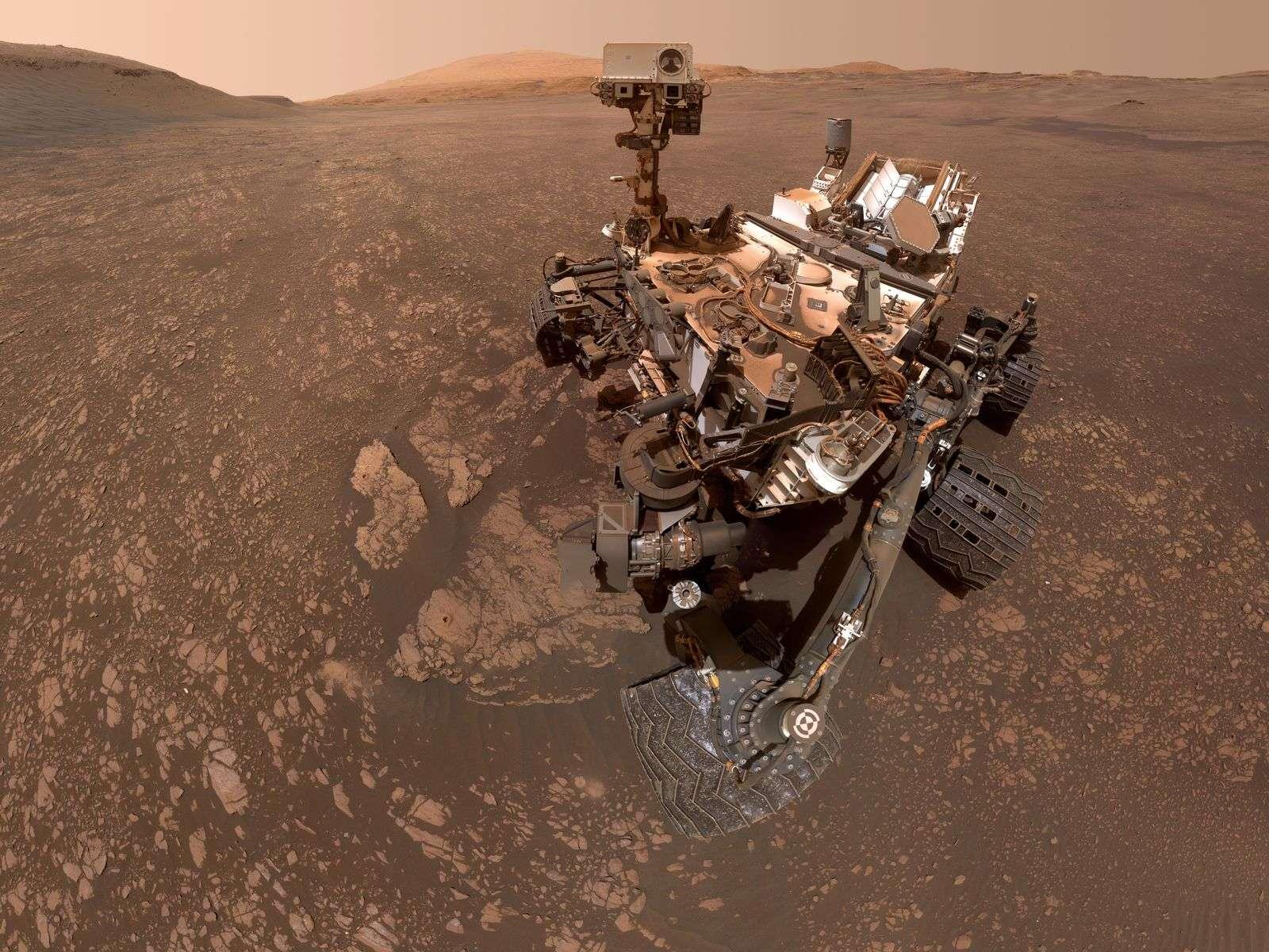 Selfie de Curiosity sur Mars. Son presque-jumeau Mars 2020 est en préparation. Son lancement est prévu pour juillet 2020. Nasa, JPL-Caltech