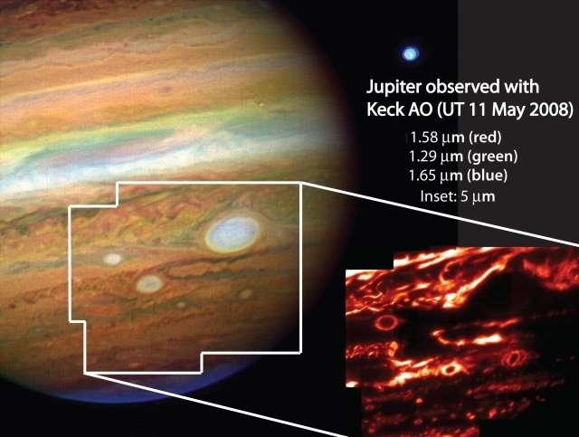 Images en fausses couleurs prises en infrarouge et avec l'optique adaptative du Keck des taches de Jupiter. Crédit : Imke de Pater, Michael Wong (UC Berkeley)/Al Conrad (Keck Observatory)/Chris Go (Cebu, Philippines)
