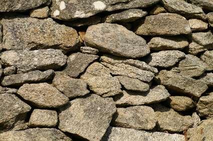 Muret en pierre sèche. © Erwann Coignard