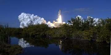 Le lancement de l'ultime mission de Columbia, STS-107, le jeudi 16 janvier 2003.crédit : NASA