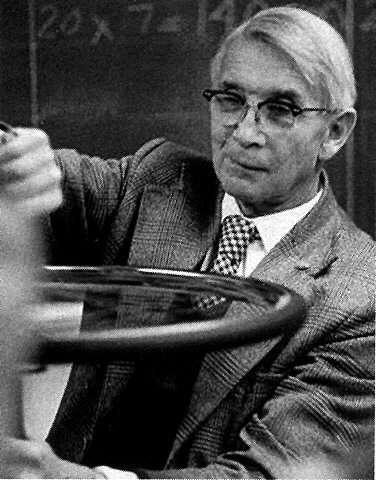 Ernst Ising, le physicien à l'origine d'un célèbre modèle décrivant les matériaux magnétiques. Crédit : th.physik.uni-frankfurt.de