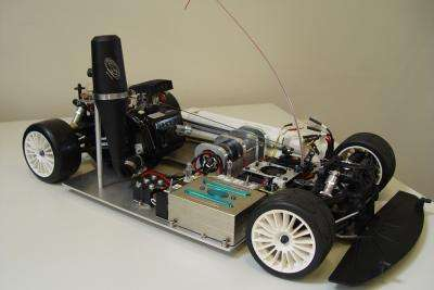 Voiture téléguidée équipée d'une batterie à flux redox. © Hochschule für Angewandte Wissenschaften Ostfalia, 2009