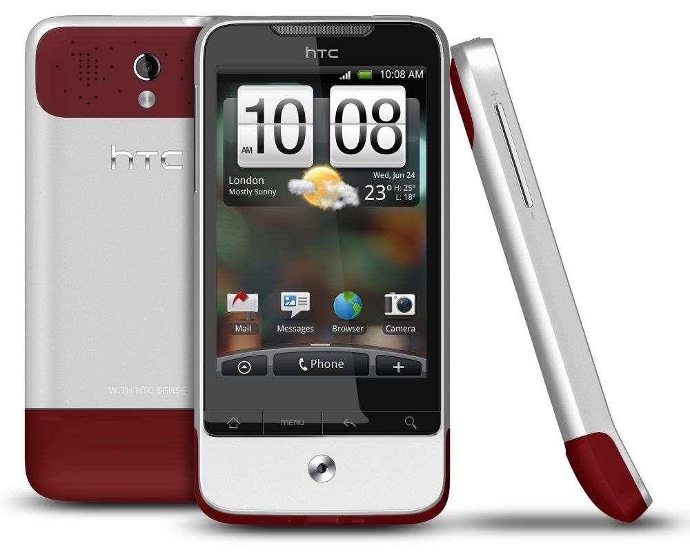 Un smartphone comme le HTC Legend fonctionnant sous Android est susceptible, aux États-Unis, de se transformer en espion via une application de l'éditeur Carrier IQ. © HTC
