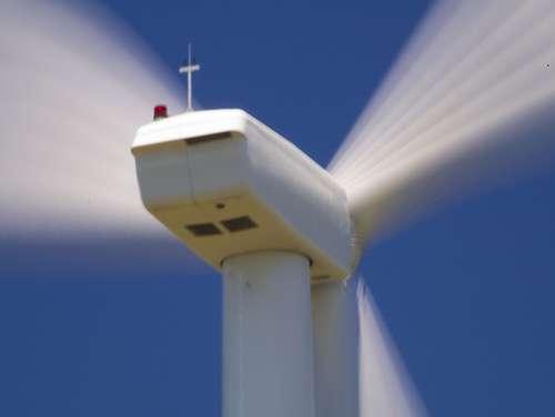 La productivité des éoliennes dépend des dimensions de leurs pales et de la vitesse du vent. © Brentdanley CC by-nc-sa 2.0