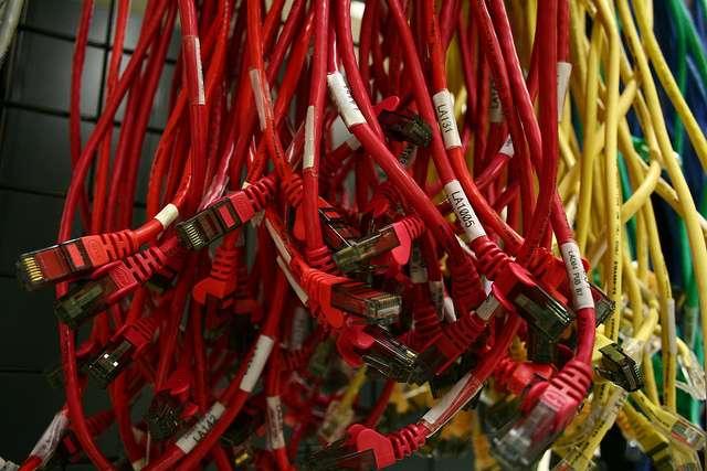 La prise RJ45 permet de brancher un câble Ethernet (photo). © Declan TM, Flickr, cc by 2.0
