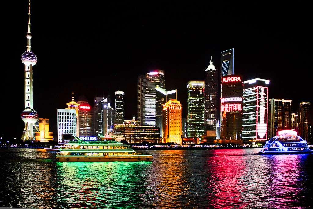 Pas question de visiter Shanghai sans faire un tour sur le Bund, avec ses immeubles des années 1920. © tengri555, Flickr, cc by sa 2.0