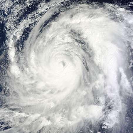 Cette image du typhon Wipha a été prise le 13 octobre 2013, avant qu'il ne touche le Japon, par le système Modis (pour Moderate Resolution Imaging Spectroradiometer) du satellite Terra. © Nasa, Wikimedia Commons, DP