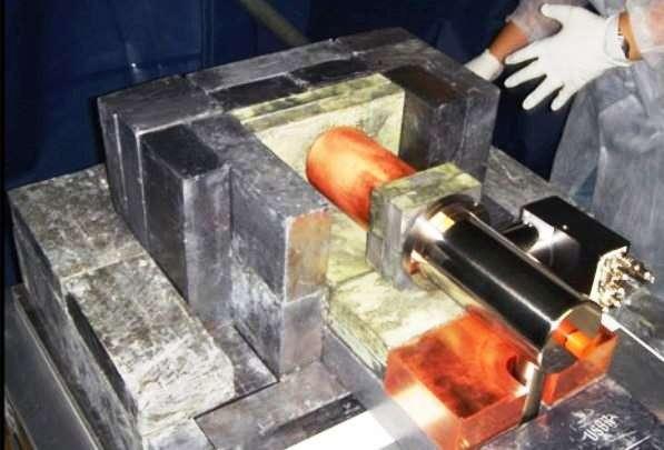 Une vue de l'expérience Coherent Germanium Neutrino Technology (Cogent), aux États-Unis, que les physiciens utilisent pour tenter d'observer directement la matière noire dans laquelle la Voie lactée serait plongée. Deux campagnes d'observation ont mesuré un faible signal que l'on peut interpréter comme l'existence d'une classe particulière de matière noire, les Wimp. © US Department of Energy