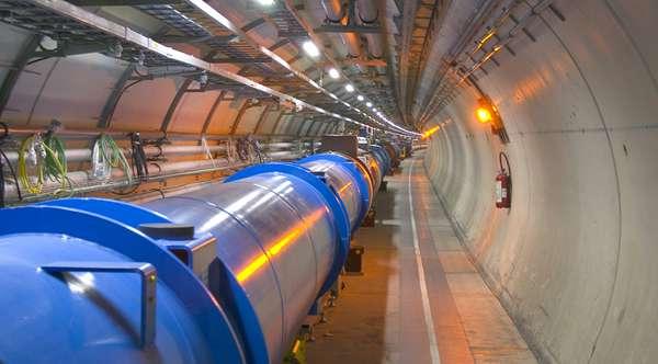 Le tunnel du LHC (Crédit : CERN).