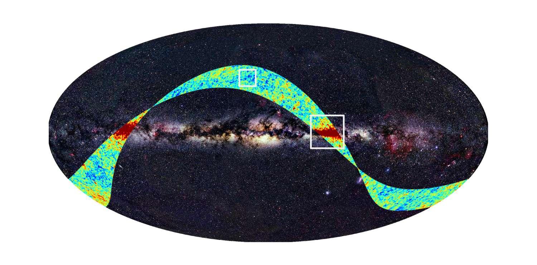Sur fond d'observation de la Voie lactée dans le domaine optique, les premières observations de Planck apparaissent superposées. Dans le carré supérieur, le rayonnement fossile avec des fluctuations de température est visible (en rouge les plus chaudes et en bleu les plus froides). L'autre zone carrée montre les émissions dans le plan de la Galaxie. Crédit : Esa, LFI & HFI Consortia (Planck)