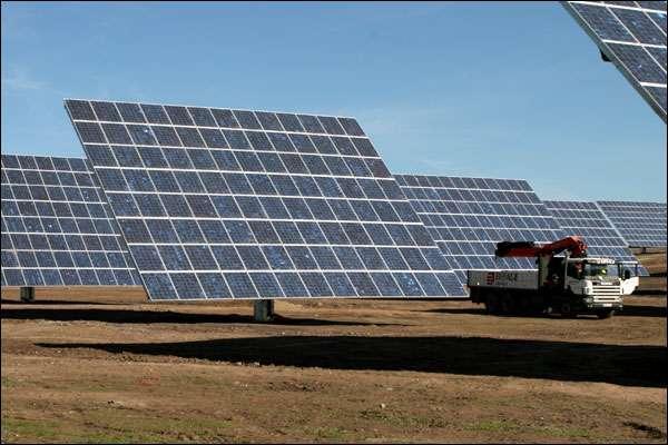 Ces vastes panneaux mobiles, au nombre de 2.520, peuvent dépasser les 46 MW quand il fait beau... et il fait souvent beau. © Ville d'Amareleja