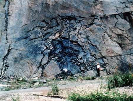 La mine d'uranium de Oklo, au Gabon, a mis au jour une activité nucléaire de 400.000 ans répartie dans une série de zones où avaient lieu des réactions de fission de noyaux atomiques. © US Department of Energy