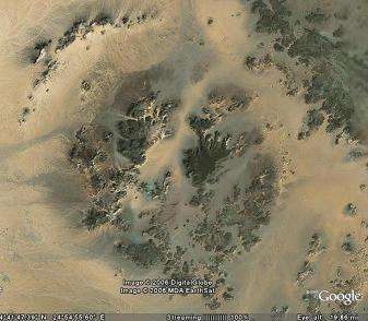 Le cratère Kebira, vu par Google Earth