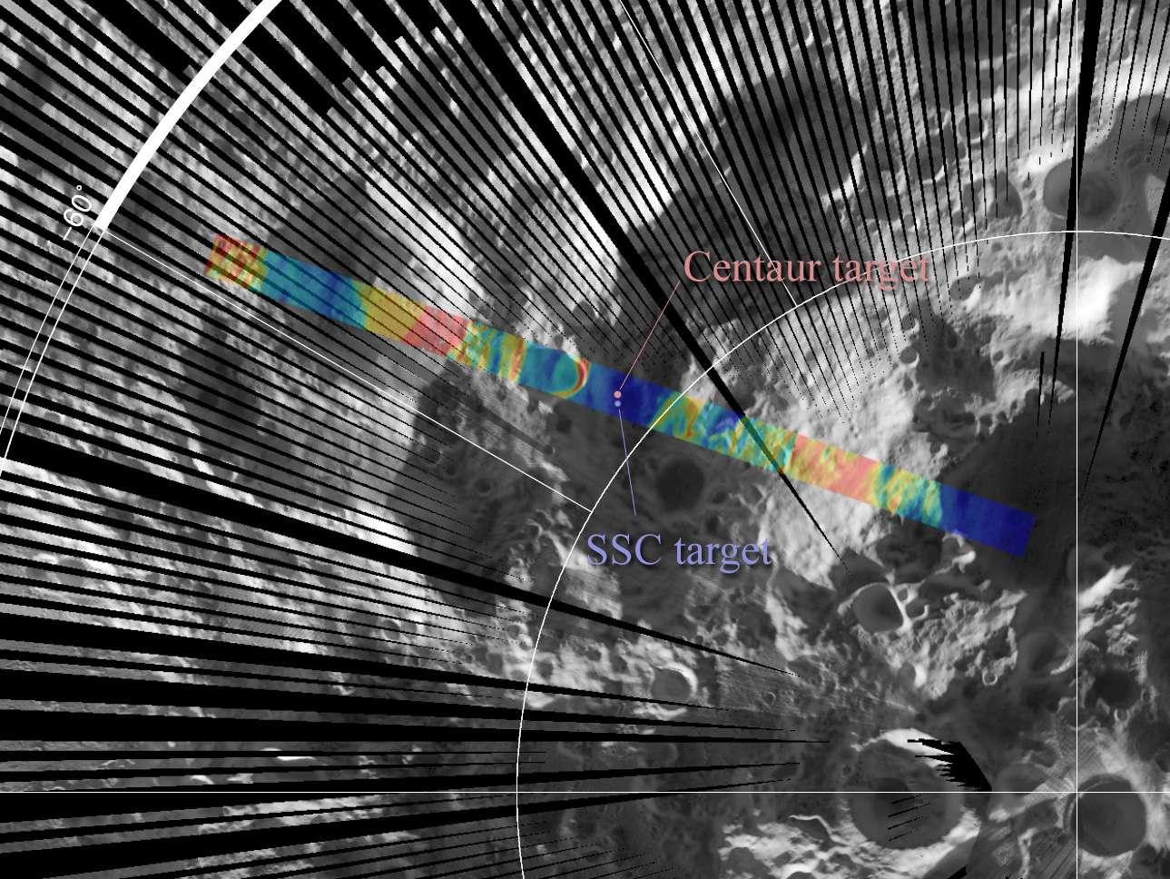 Une carte thermique du pôle sud, obtenue par l'instrument Diviner de la sonde LRO. Sont indiqués les sites d'impact de Centaur et de LCross (SSC pour Shepherding Spacecraft). Les mêmes mesures ont été effectuées avant et après les impacts. Les différences sont significatives et contiennent de nombreuses informations à décrypter. © Nasa/GSFC/Ucla