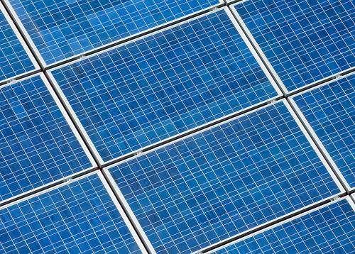 140 hectares de panneaux photovoltaïques recouvriront l'ancienne base aérienne de Toul pour produire 143 MW. © Wayne National Forest CC by