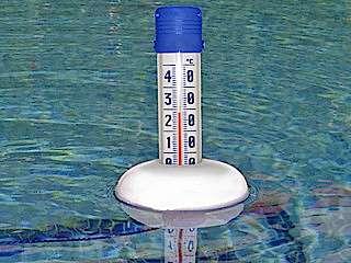 Attention à vérifier la température de l'eau avant d'entrer dans un spa. © information-piscine.com