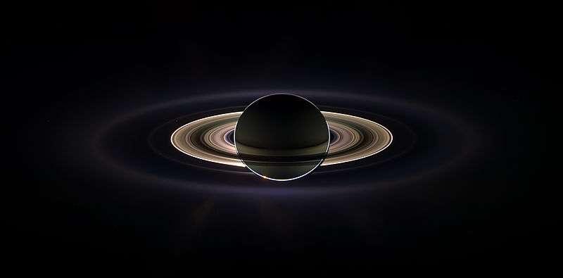 La mission Cassini-Huygens nous envoie des clichés exceptionnels, comme cette éclipse de Soleil par Saturne. © Nasa, JPL, Space Science Institute