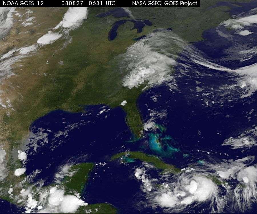 Gustav, le mercredi 27 août 2008, à 4 heures 22 TU. © GOES/NOAA/Nasa