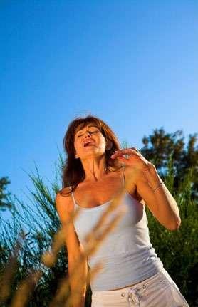 Printemps et été : deux saisons redoutées par les allergiques - Crédits Fotolia