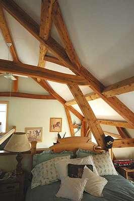 Isoler la toiture par les combles perdus et les combles aménagés. © Charpenterie Traditionnelle Hamlet