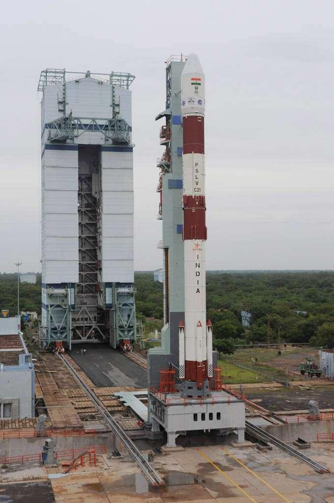 Pour son vingt-deuxième lancement, le premier a eu lien en 1993, le lanceur indien PSLV a mis sur orbite trois satellites dont le satellite d'observation de la Terre Spot-6, construit et financé par Astrium pour sa propre utilisation. © Isro