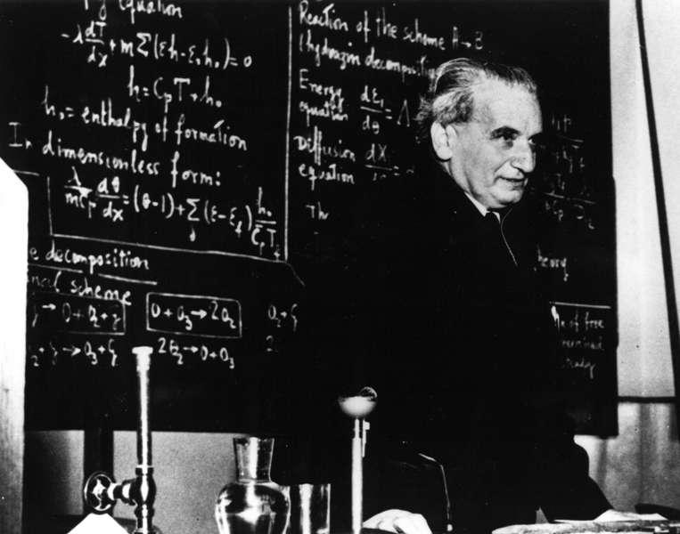 Theodore von Kármán, enseignant au Caltech. © domaine public-Wikipédia