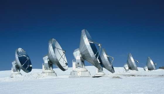 Une vision des antennes du radiotélescope de l'Iram sur le plateau de Bure. Crédit : Iram