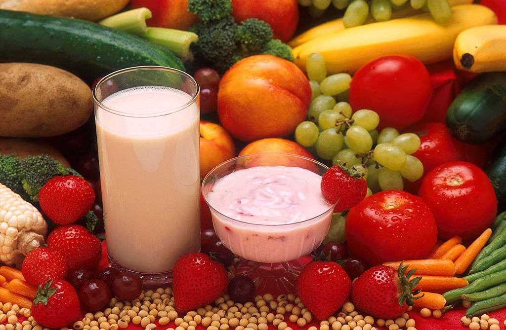 Les régimes alimentaires riches en fruits, céréales et légumes préservent-ils vraiment la santé ? Une étude relance le débat. © Agricultural Research Service, Wikipédia, DP