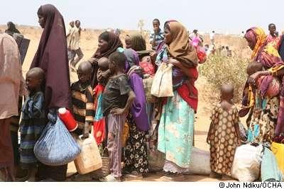 Les agressions sexuelles se multiplient dans les camps de réfugiés, augmentant le risque de transmissions du VIH. © John Ndiku/OCHA