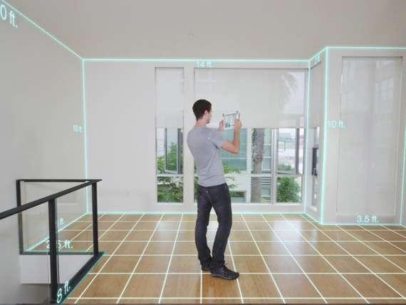 L'une des applications que propose le capteur Structure Sensor pourrait rencontrer un vif succès auprès des architectes, des entrepreneurs ou des bricoleurs. Elle permet d'obtenir les mesures complètes d'une pièce du sol au plafond. © Occipital