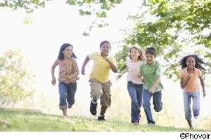 Le jeu phare de cet été ravira les enfants, mais les parents devront en surveiller l'utilisation. © Phovoir