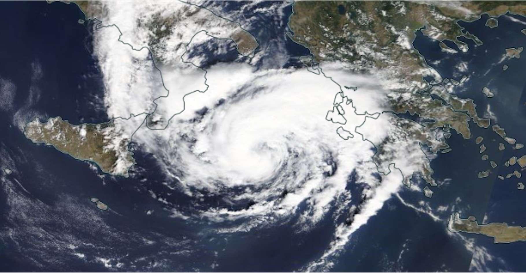 Le medicane Ianos tel que vu par un satellite de la Nasa ce jeudi 17 septembre au matin. © Modis, Terra, Nasa