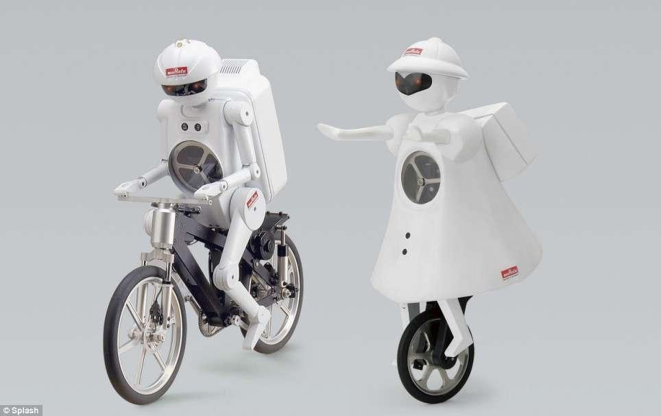 Les robots équilibristes Murata. © Murata