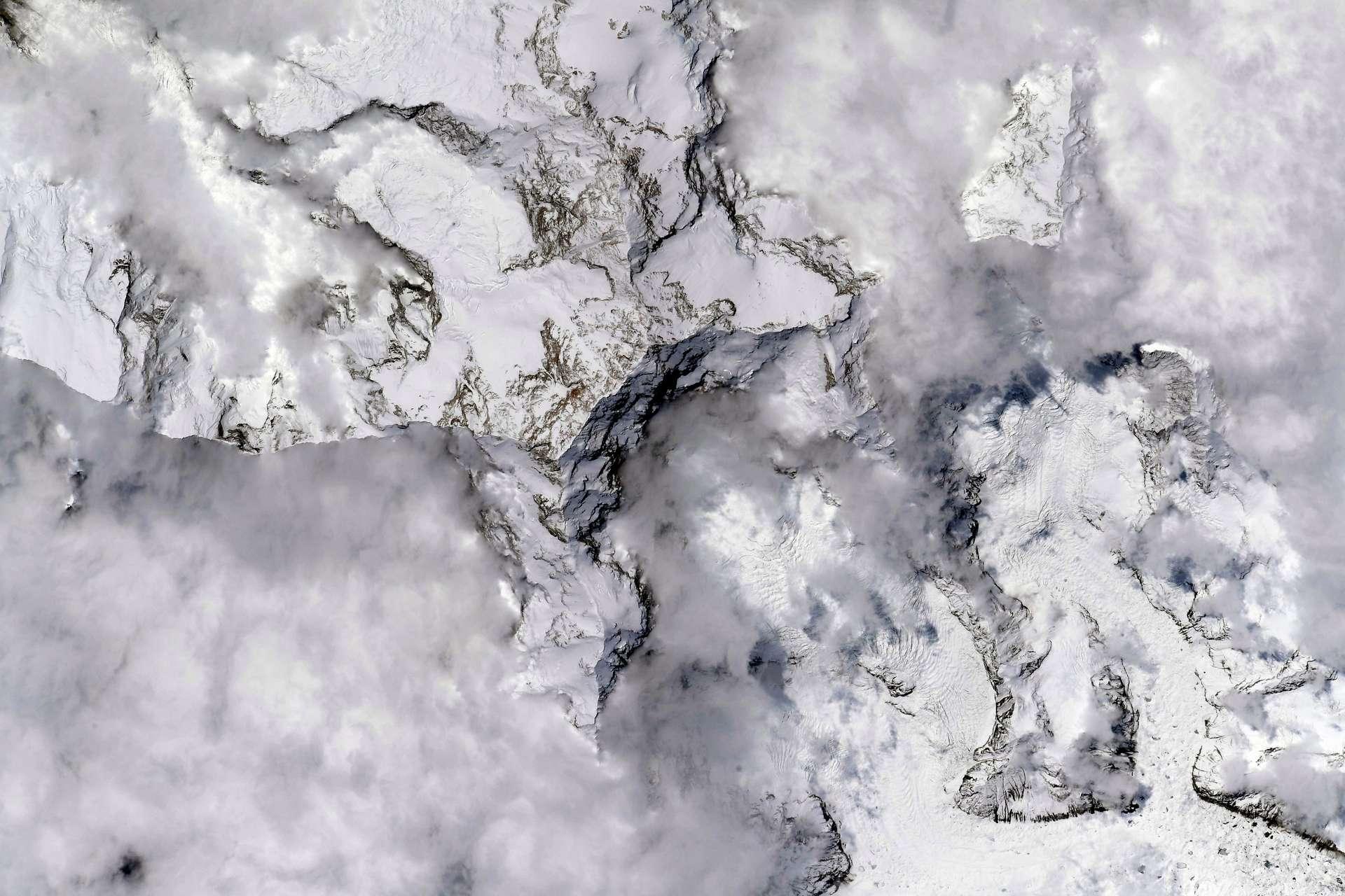 Le mont Everest, photographié par l'astronaute français Thomas Pesquet, en mai 2021. © ESA/Nasa, Thomas Pesquet