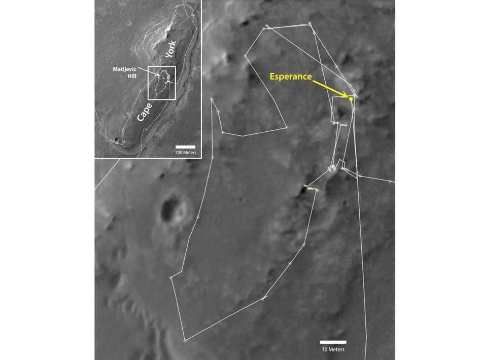 La route du rover Opportunity depuis son arrivée à proximité du cratère Endeavour en août 2011, observée par le télescope Hirise installé sur l'orbiteur MRO, qui tourne autour de Mars depuis le 10 mars 2006. © University of Arizona, Nasa, JPL-Caltech