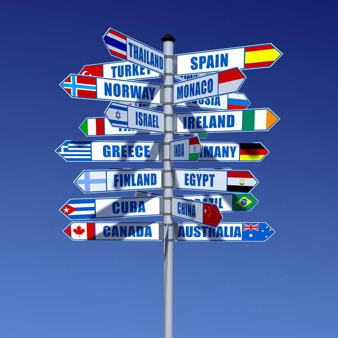Comment choisir sa destination pour des études à l'étranger ? L'Onisep est un bon centre de ressources pour obtenir des informations sur les diplômes. Renseignez-vous aussi sur les conditions de vie. © Fotolia