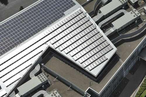 Détail des panneaux solaires sur le campus de Google. Crédit Google.
